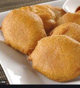 Potato Pakoda (Alu Bajia) with Chutney